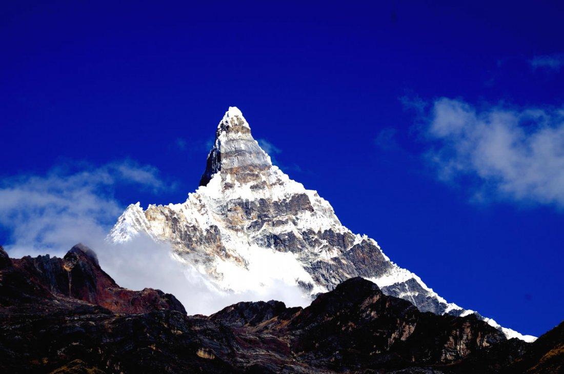 Chacraraju Cordillera Blanca