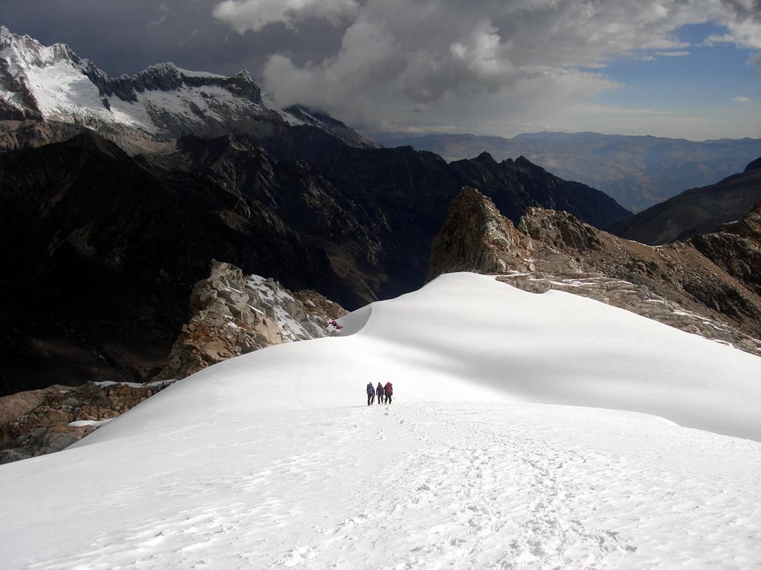 Tocllaraju Cordillera Blanca Peru