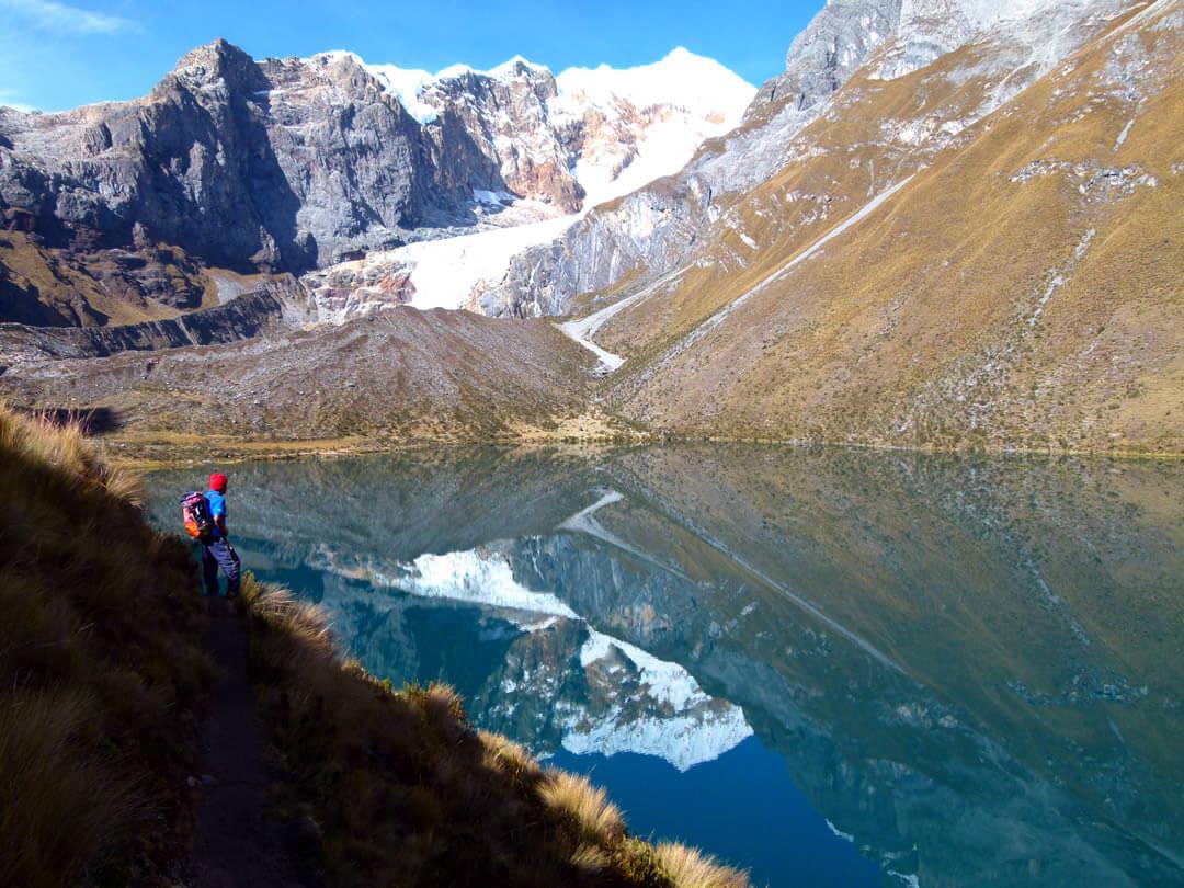Quesillococha Cordillera Huayhuash Peru