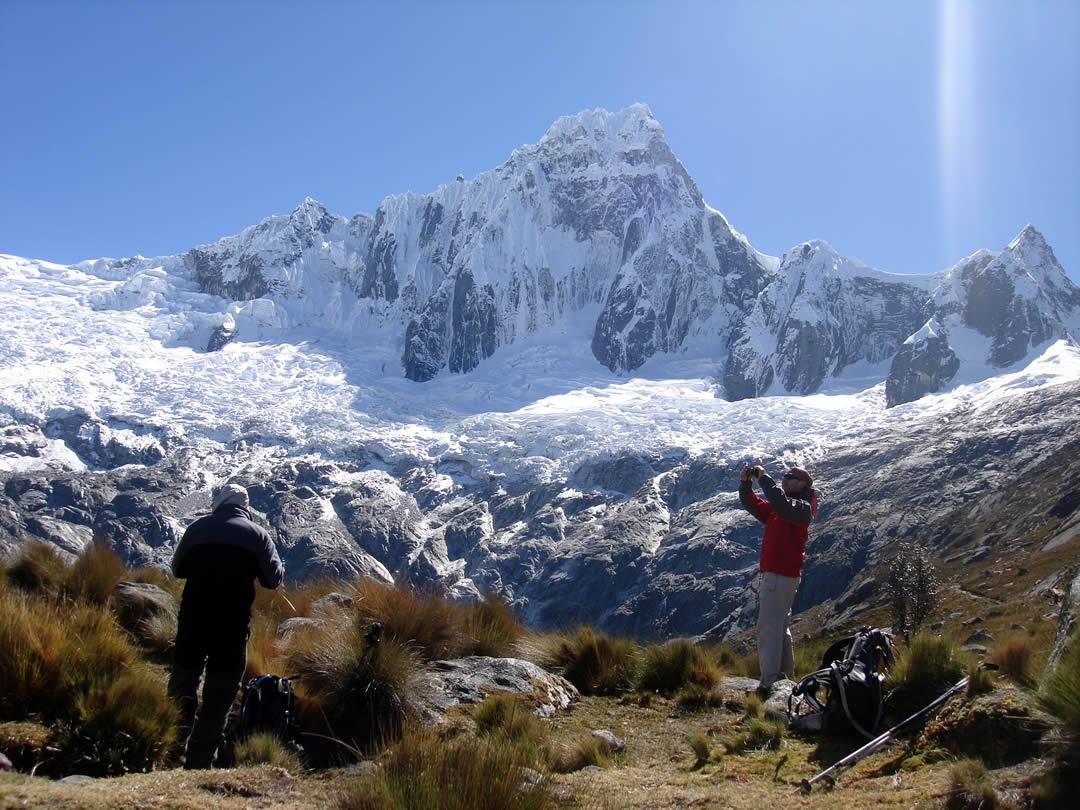 Nevado Taulliraju Cordillera Blanca